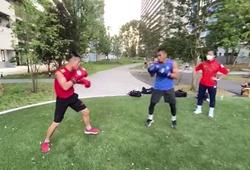 """Nguyễn Văn Đương """"so găng"""" cùng kình địch Chatchai trước ngày thượng đài Olympic"""