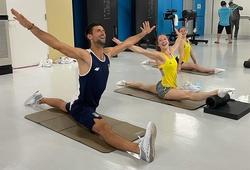 Djokovic khiến VĐV Thể dục dụng cụ ngỡ ngàng vì khả năng uốn dẻo