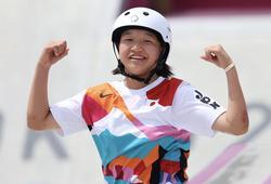 Từ tấm HCV của cô bé 13 tuổi, nhìn lại những VĐV nhí tại Olympic 2021