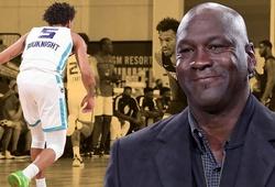 Tân binh Hornets bất ngờ lột xác nhờ cuộc điện thoại từ Michael Jordan