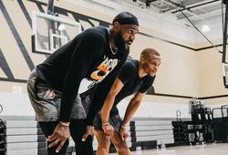 LeBron James và Russell Westbrook tập cùng nhau trước cả khi Lakers hội quân
