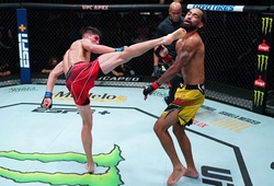 Knockout UFC: Tài năng trẻ Ignacio Bahamondes tung cú đá xoay hoàn hảo