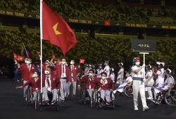 Xúc động hình ảnh đoàn Thể thao Việt Nam ở lễ khai mạc Paralympic 2020