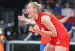 """""""Khủng long"""" 18 tuổi, bóng chuyền Nga suýt tạo chấn động tại giải Vô địch châu Âu"""