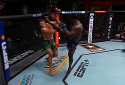 Abdul Razak Alhassan knockout đối thủ bằng đòn đá chớp nhoáng 17 giây