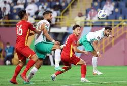Bốn hậu vệ tuyển Việt Nam bị đau sau trận thua Saudi Arabia