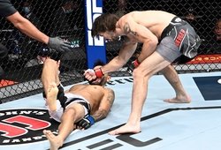 "UFC 266: Cú tay sau knockout đối thủ ""thẳng cẳng"" từ Matthew Semelsberger"