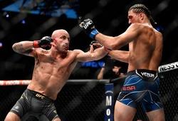 UFC 266: Alexander Volkanovski hủy diệt Brian Ortega, bảo vệ đai featherweight