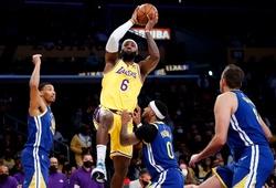 Ra sân với đội hình mạnh nhất Lakers vẫn thất bại trước GSW