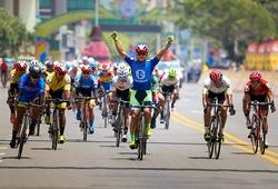 Lê Nguyệt Minh thắng chặng 17 giải đua xe đạp Cúp truyền hình HTV 2021