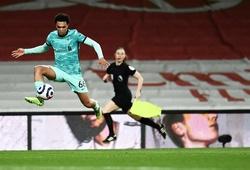 Hậu vệ Liverpool đáp trả tuyển Anh bằng pha kiến tạo đỉnh cao