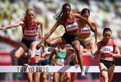 Kỷ lục gia thế giới thua đau ở đường chạy 3000m chướng ngại vật nữ Olympic Tokyo