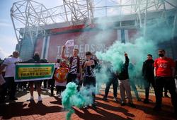 M.U ra thông báo về sự cố gây rúng động khiến trận gặp Liverpool bị hoãn