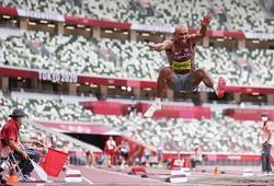 """Chàng trai """"hệ 10 môn"""" xuất thần với cú nhảy xa vượt HCĐ Olympic"""