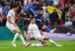 Emerson gây ấn tượng khi thay thế đá hậu vệ trái cho Italia