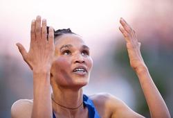 Kỷ lục thế giới chạy 10.000m nữ lại bị xô đổ chỉ sau 54 giờ