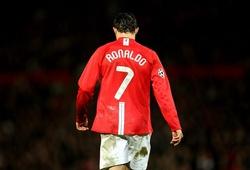Ronaldo vẫn có thể mặc áo số 7 tại MU được lấy từ Cavani