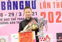 """Tạo """"siêu phẩm"""" mãn nhãn, cơ thủ Yến Nhi vô địch giải carom 3 băng nữ đầu tiên tại Việt Nam"""
