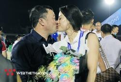 Nguyễn Thị Lệ Quyên, vợ HLV Trương Việt Hoàng là ai?