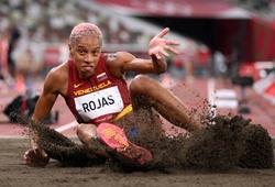 Cô gái xứ sở hoa hậu khóc nấc khi phá kỷ lục thế giới nhảy ba bước tại Olympic Tokyo