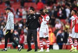 Arsenal khởi đầu tệ nhất sau 118 năm với kết quả chưa từng thấy