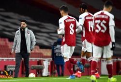 """Arsenal bị chế giễu """"cần ai đấm vào mặt"""" để tỉnh giấc"""