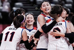 Bóng chuyền nữ Italia chắc suất tứ kết, Hàn Quốc đẩy cuộc đua thêm hấp dẫn