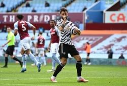 Bruno Fernandes sút phạt đền cho MU và phá kỷ lục Ngoại hạng Anh