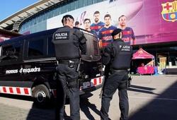 """Vụ chủ tịch Barca thuê người nói xấu Messi bắt đầu bị """"sờ gáy"""""""