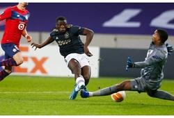 Tiền đạo chạy nhanh như Mbappe và bật cao như Ronaldo là ai?