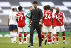 """Arsenal vượt MU về số bàn thua từ """"bóng chết"""" mùa này"""