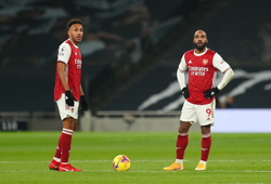 Arsenal bị đổ lỗi cho chiến thuật gây ra khô hạn bàn thắng