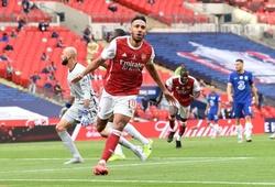Aubameyang tạo nên điều phi thường trong trận chung kết FA Cup