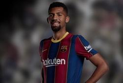"""Kỳ lạ về cầu thủ """"ma"""" của Barca chưa từng được giới thiệu"""