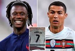 Thần đồng Pháp trân trọng kỷ vật của Ronaldo theo cách bất ngờ