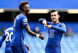 Hậu vệ Chelsea mất bóng nhiều do không nói tiếng Pháp?