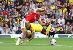 David Luiz tạo nên kỷ lục penalty tồi tệ nhất lịch sử với Arsenal