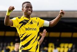 """""""Thần đồng"""" 15 tuổi của Dortmund nhận mức lương triệu phú"""