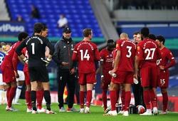 CĐV Liverpool phản ứng khi Klopp không đưa Salah vào sân