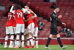 Liverpool tan nát giấc mơ lập kỷ lục điểm số sau khi thua Arsenal