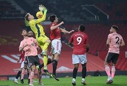 """CĐV MU phẫn nộ khi bị """"cướp"""" bàn thắng trước Sheffield"""