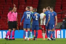 CĐV MU ước Maguire… bị cấm thi đấu khi trở về CLB