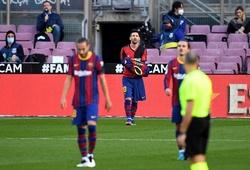 Màn tưởng nhớ Maradona của Messi khiến Barca… mất 3000 euro