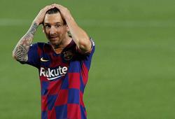 Messi không được lòng công chúng khi quyết định ở lại Barca