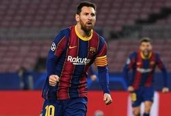 Messi được an ủi bằng kỷ lục ở Champions League khi Barca thảm bại