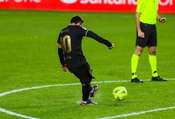 Messi phải thực hiện bao nhiêu cú sút mới ghi bàn bằng đá phạt?