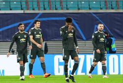 MU bị loại sốc khỏi Champions League sau 2 bàn thua sớm chưa từng thấy