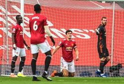 Hàng thủ MU lại mắc lỗi ngờ nghệch trước Tottenham