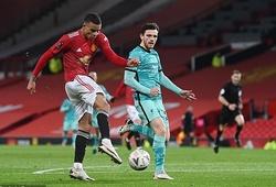 Hậu vệ Liverpool đánh lạc hướng bất thành khi MU ghi bàn