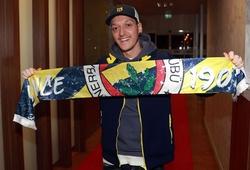 Lý do Mesut Ozil khiến đồng đội ở Arsenal phát cáu khi tập luyện